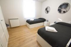 1_casa_rural_cabanillas_dormitorio4b